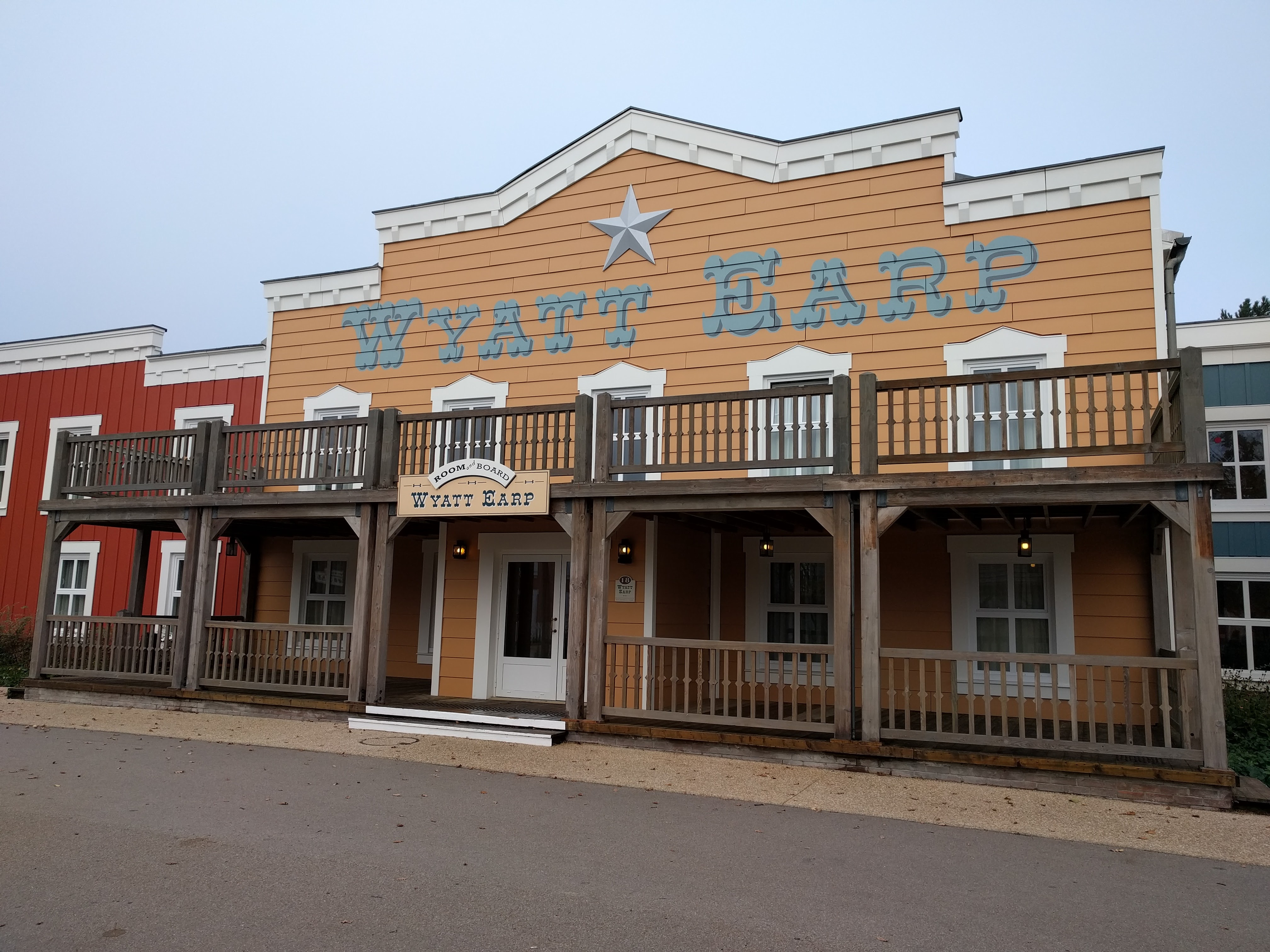 Hotel Cheyenne Building 18 Wyatt Earp