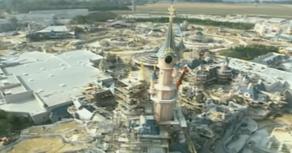 Building Euro Disney Resort