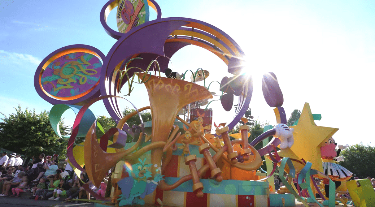 Mickey's Soundsational Parade 2016 Disneyland