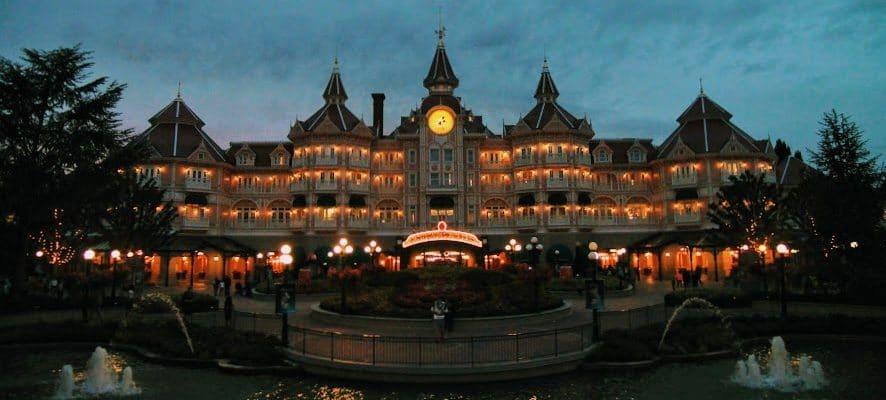 disneyland hotel paris fountain view