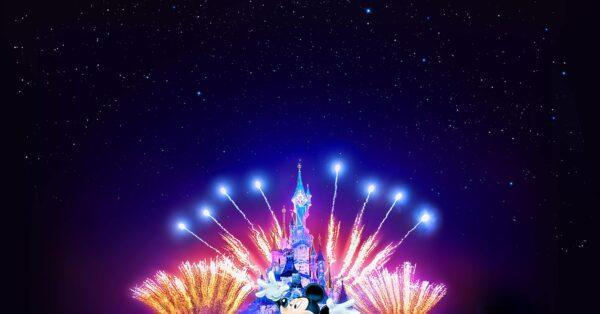 Disney Illuminations - Disneyland Paris 25th