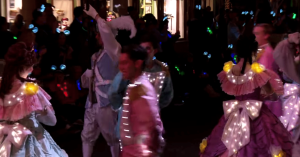 Main Street Electrical Parade - Performers - Behind the Scenes