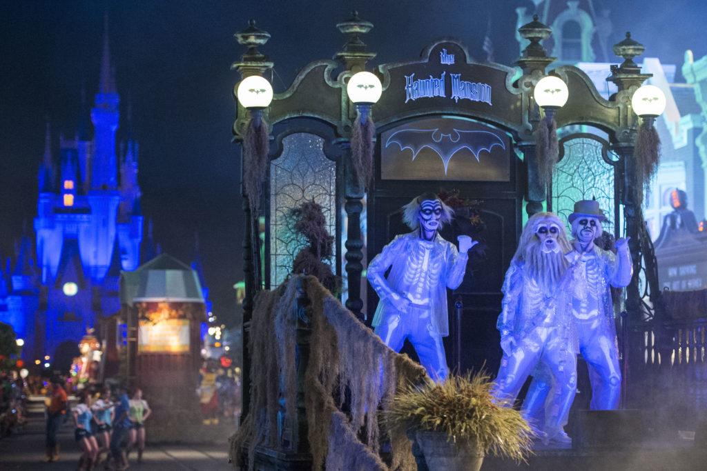 Mickey's Boo-to You Halloween Parade