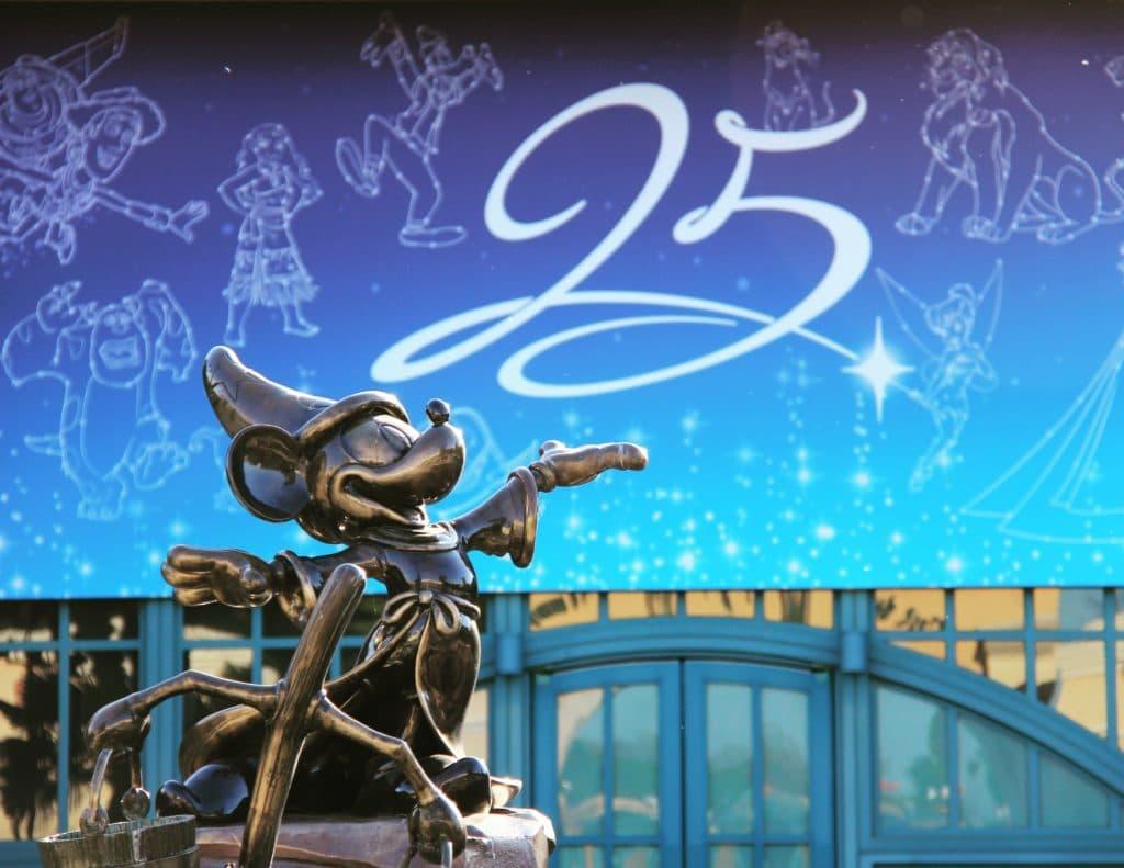 Disneyland Paris DLP25 - Mickey Walt Disney Studios