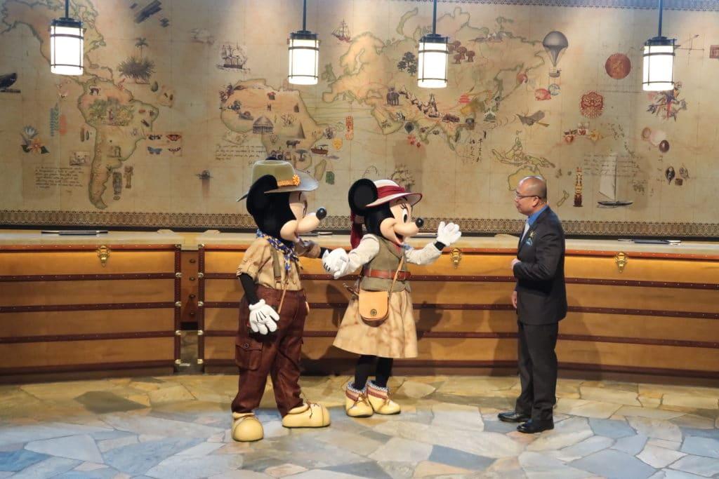 Hong Kong Disneyland Explorers Lodge