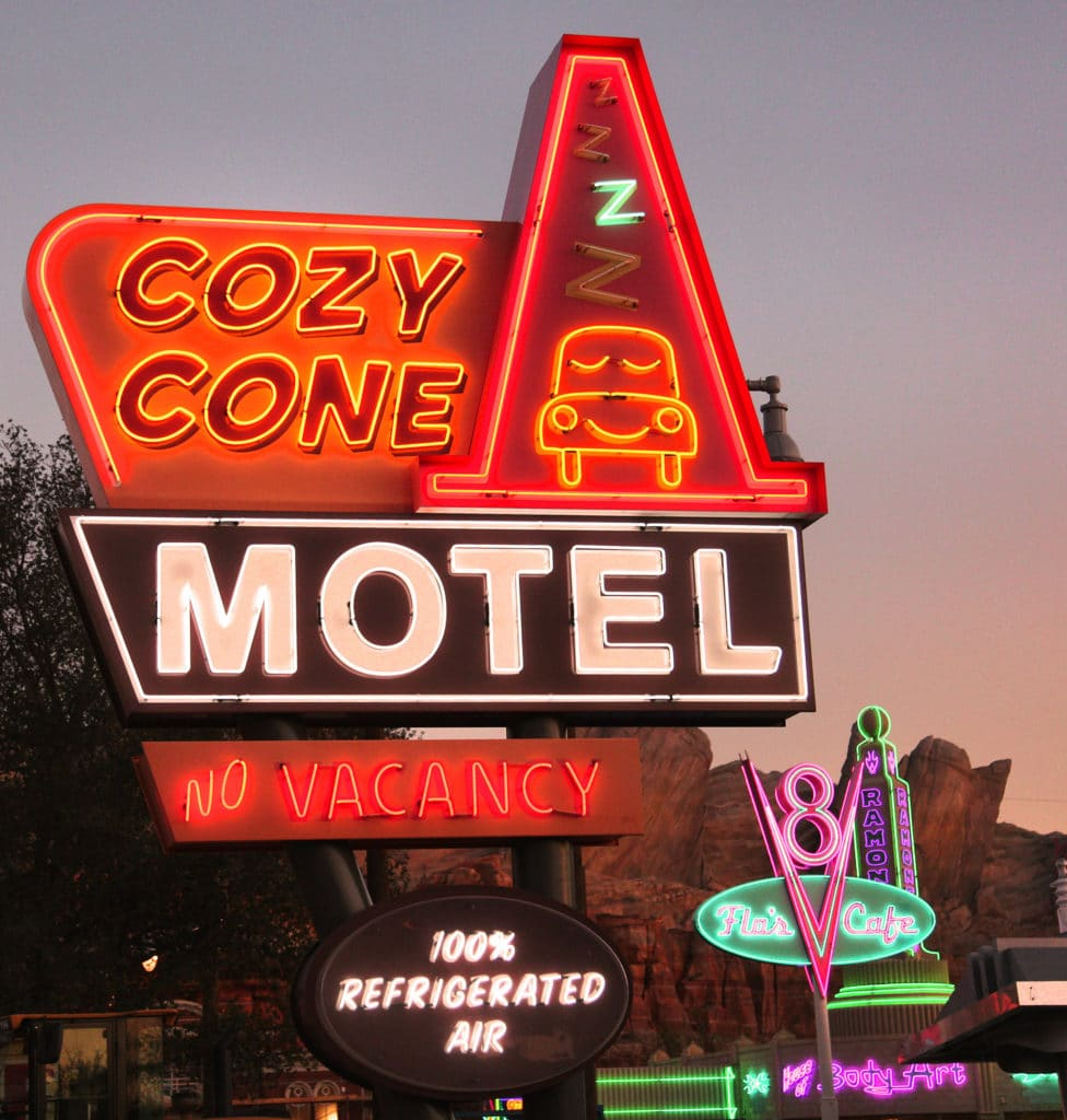 Radiator Springs Cozy Cone Motel / Cars Land