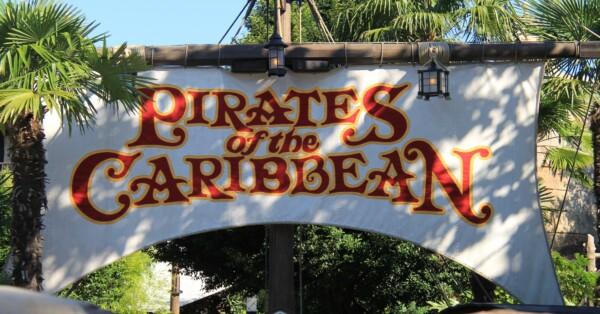 Pirates of the Caribbean - Disneyland Paris - Outside Sign