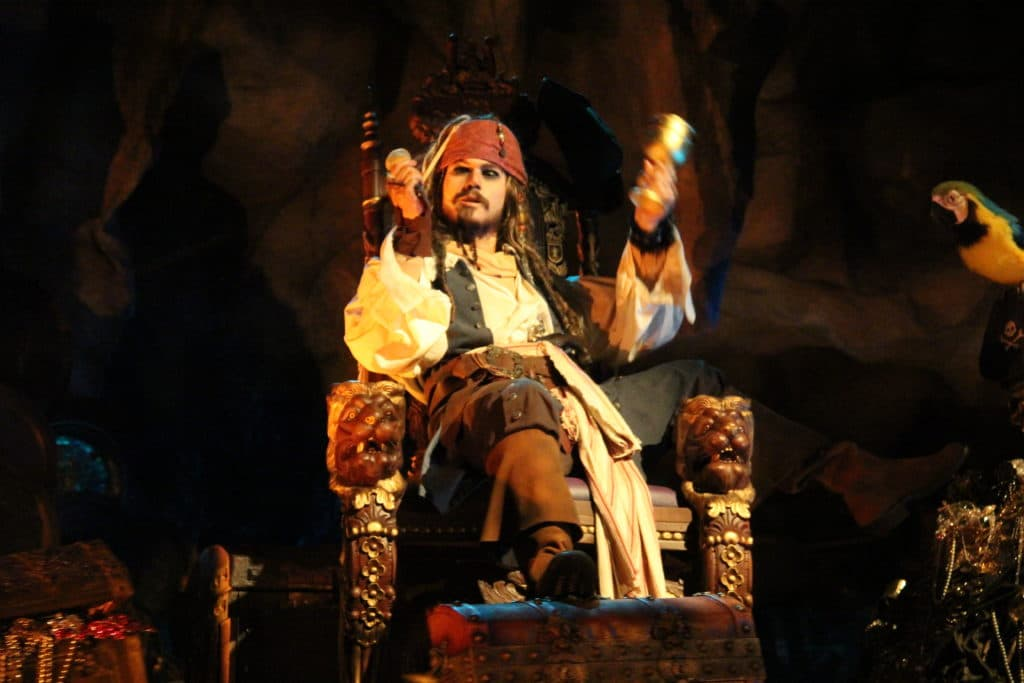review renewed pirates of the caribbean at disneyland paris. Black Bedroom Furniture Sets. Home Design Ideas
