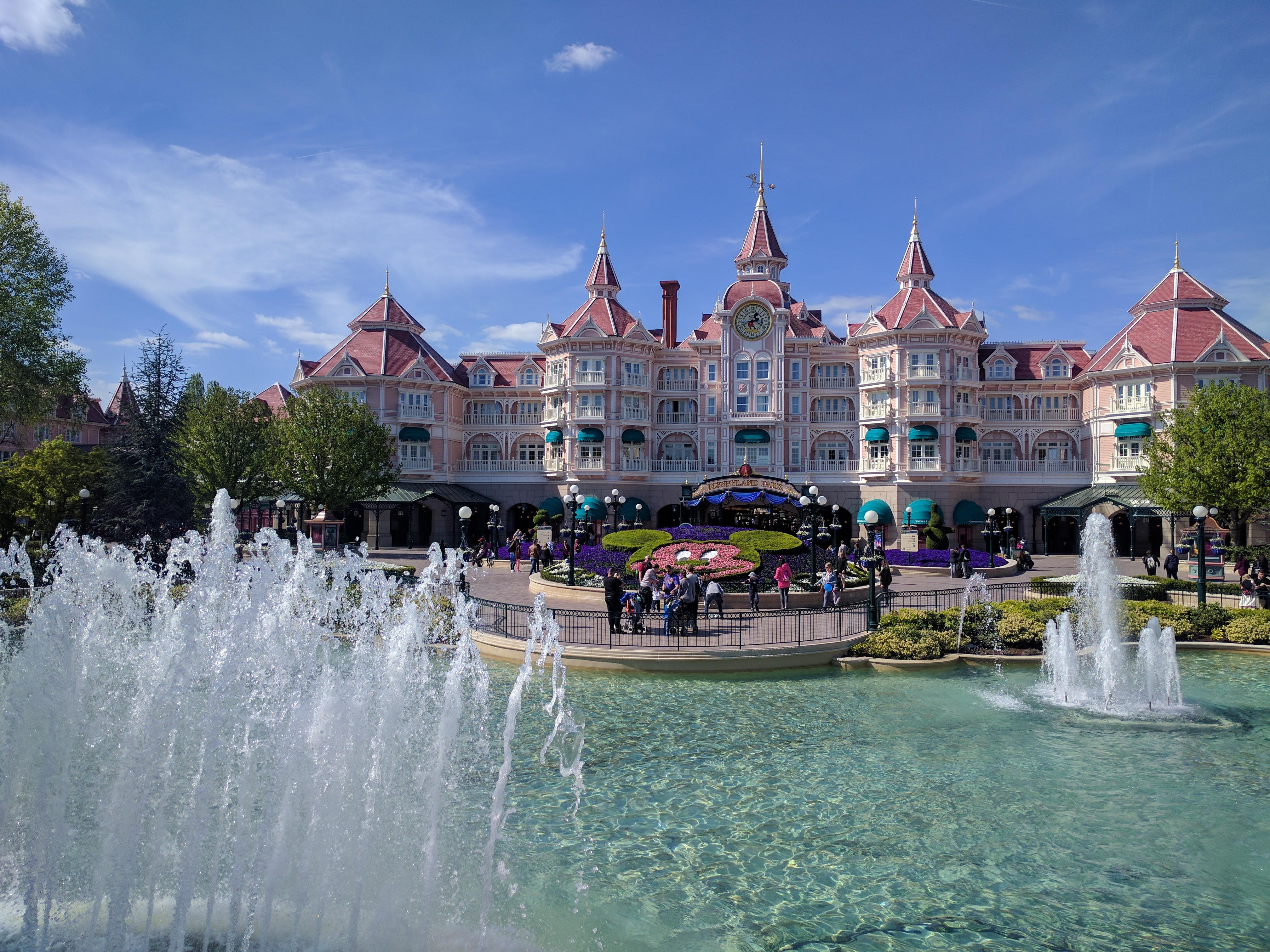 Disneyland Paris - Disneyland Hotel