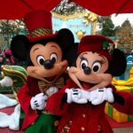 Christmas Disneyland Paris - Mickey and Minnie