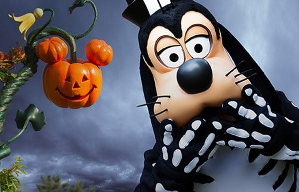 Disneyland Paris - Halloween - Goofy