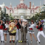 Disneyland Paris - Tuesday is a Guest Star Day - Mr Carl Fredricksen and Russell