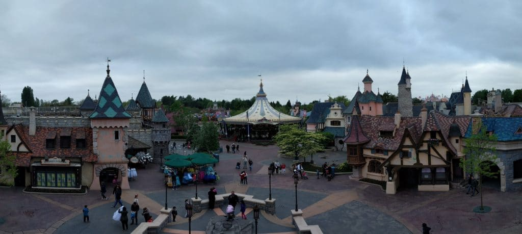 Disneyland Paris Fantasyland - Extra Magic Hours