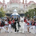 Disneyland Paris - Tuesday is a Guest Star Day - Bolt and Mittens
