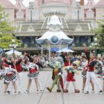 Disneyland Paris - Tuesday is a Guest Star Day - Jiminy Cricket and Pinocchio