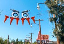 Disneyland Resort - Halloween Decorations - Cars Land - frncissdominc