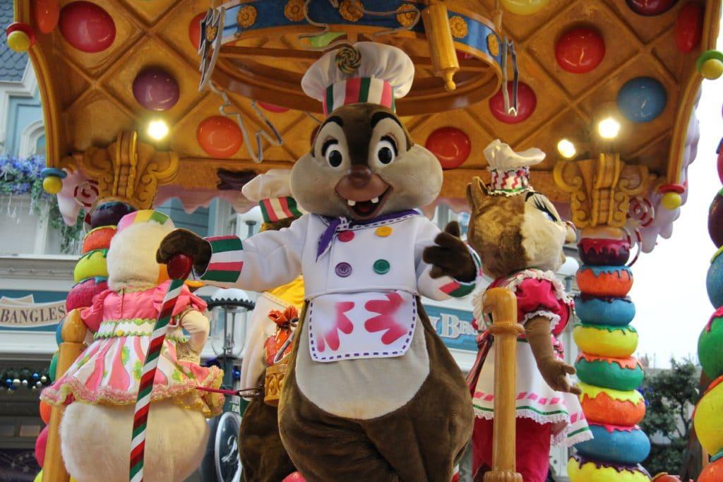 Disneyland Paris - Christmas 2017 - Christmas Parade