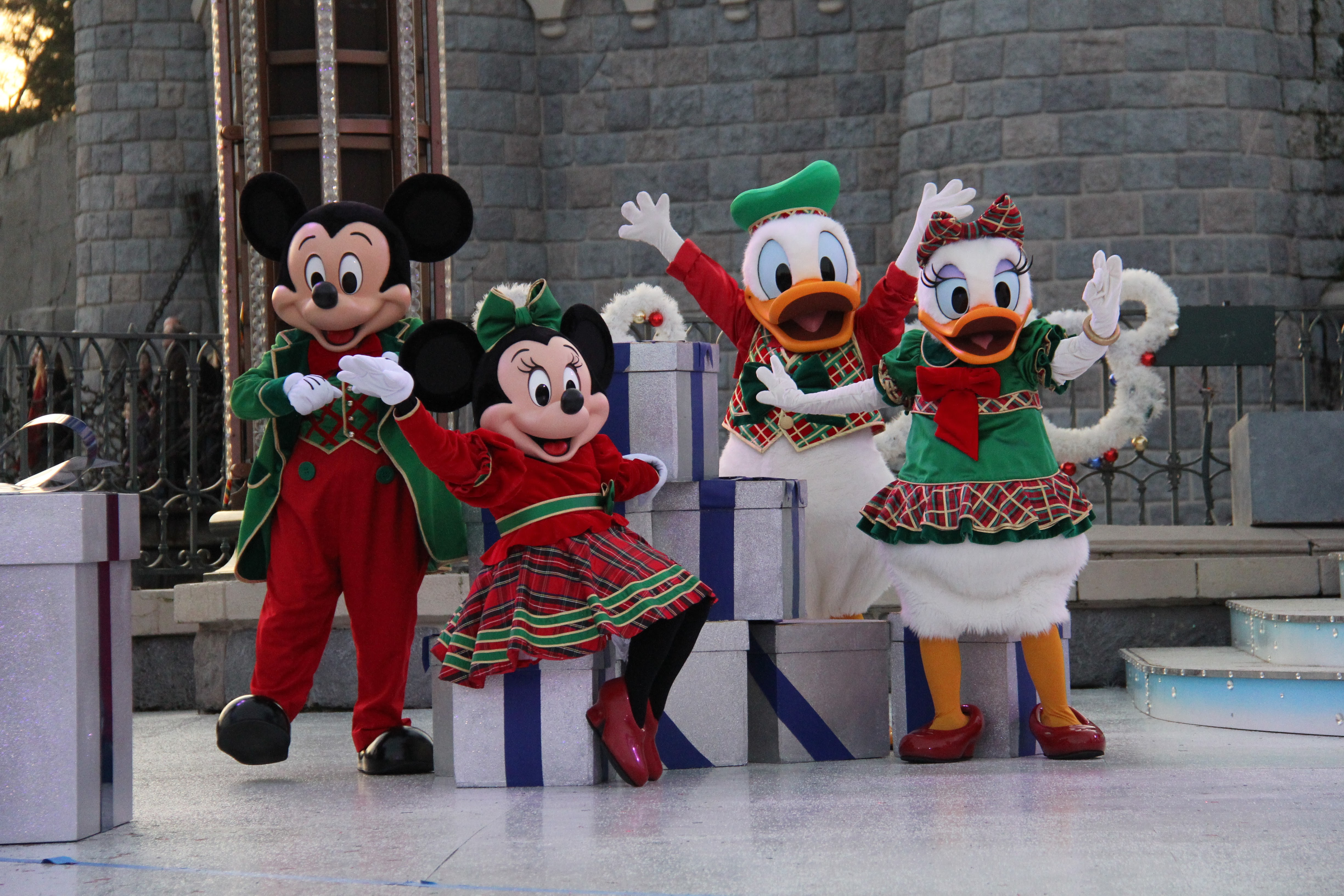 review christmas 2017 at disneyland paris travel to the magic - Christmas In Disneyland