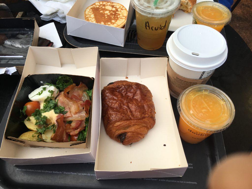 Disneyland Paris - Starbucks breakfast 2