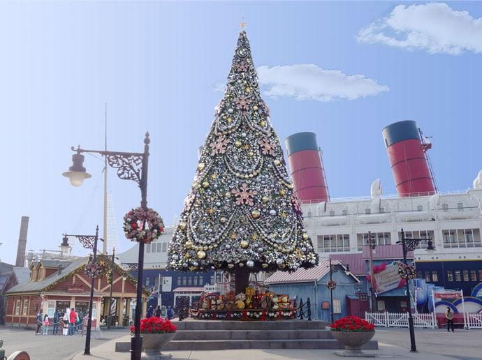 Tokyo DisneySea - Christmas 2017 - Christmas Tree SS Columbia