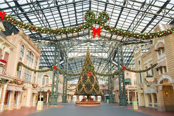 Tokyo Disneyland - Christmas 2017 - World Bazaar