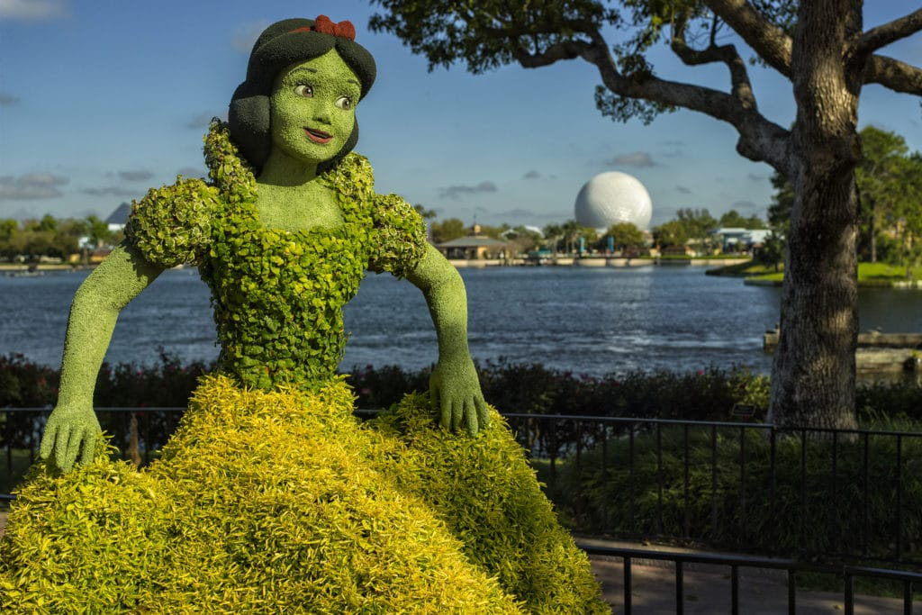 Character Topiaries at Epcot International Flower & Garden Festival: Snow White and the Seven Dwarfs