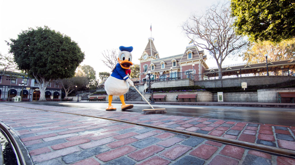 Disneyland - New Brick Work Donald Duck Main Street USA