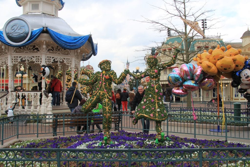 Disneyland Paris - Pirates Princesses Festival - Town Square Decorations