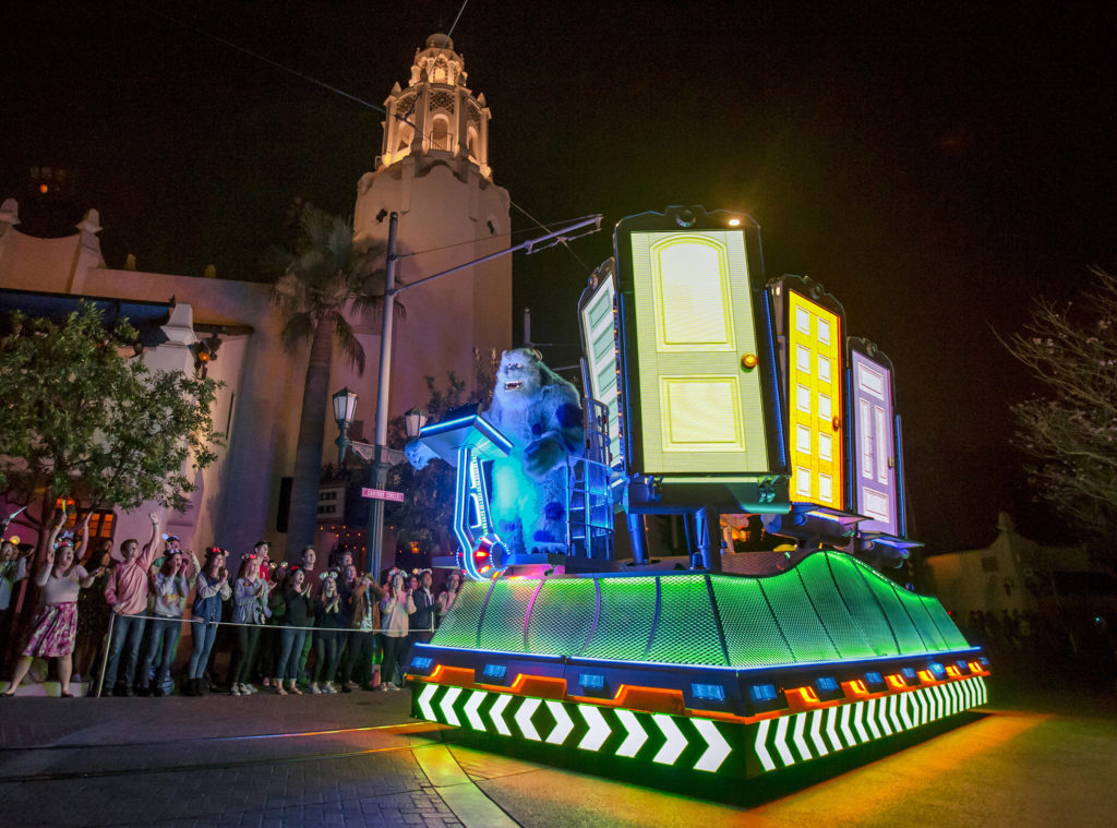 Disneyland Resort - Paint the Night - Monsters Inc