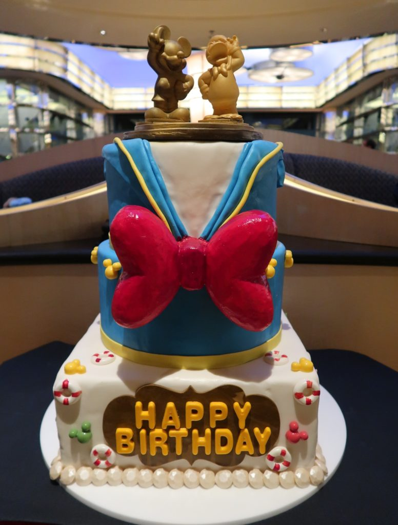 Admirable Hong Kong Disneyland Celebrates Donalds 84Th Birthday Travel To Funny Birthday Cards Online Aeocydamsfinfo