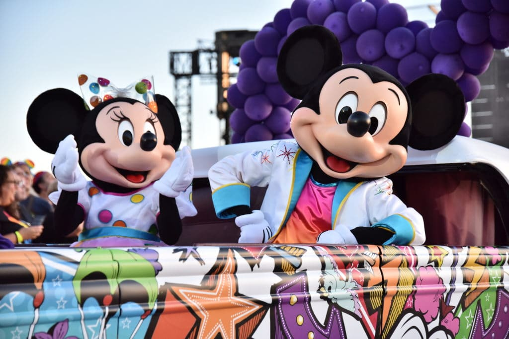 Disneyland Paris - Pride - Mickey and Minnie Float