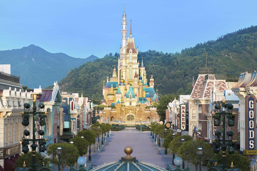 Hong Kong Disneyland - Castle of Magical Dreams