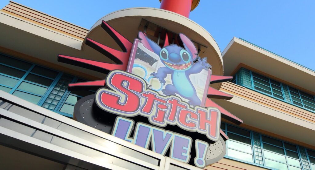 Disneyland Paris - Stitch LIve