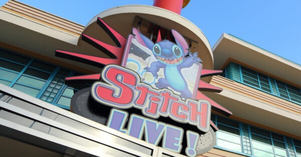 Disneyland Paris - Stitch LIve